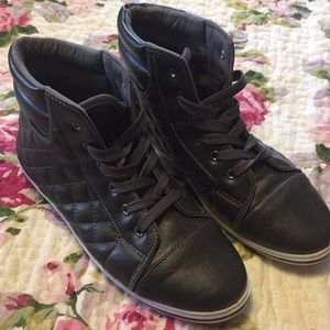 Steve Madden High Top Quilted Sneaker